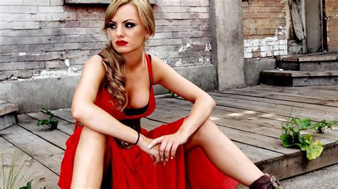 Alexandra Stan Wallpapers Images Photos Pictures Backgrounds